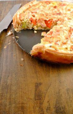 Hartige taart met prei, kip en paprika - Lekker en Simpel