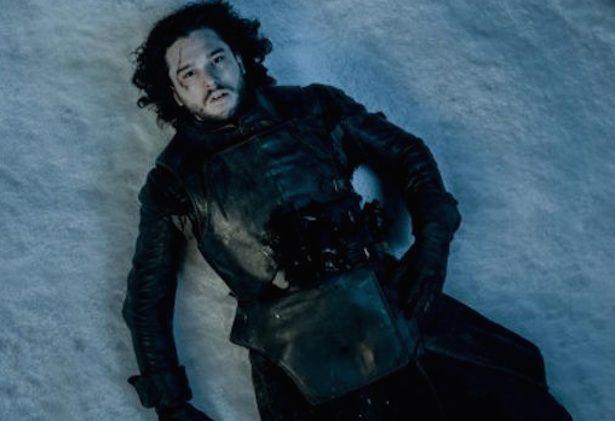 GOT: sinopse afirma que Jon Snow está morto - http://popseries.com.br/2016/04/07/got-sinopse-afirma-que-jon-snow-esta-morto/