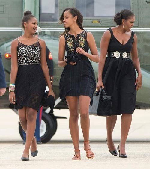 The Obama ladies are GORGEOUS!