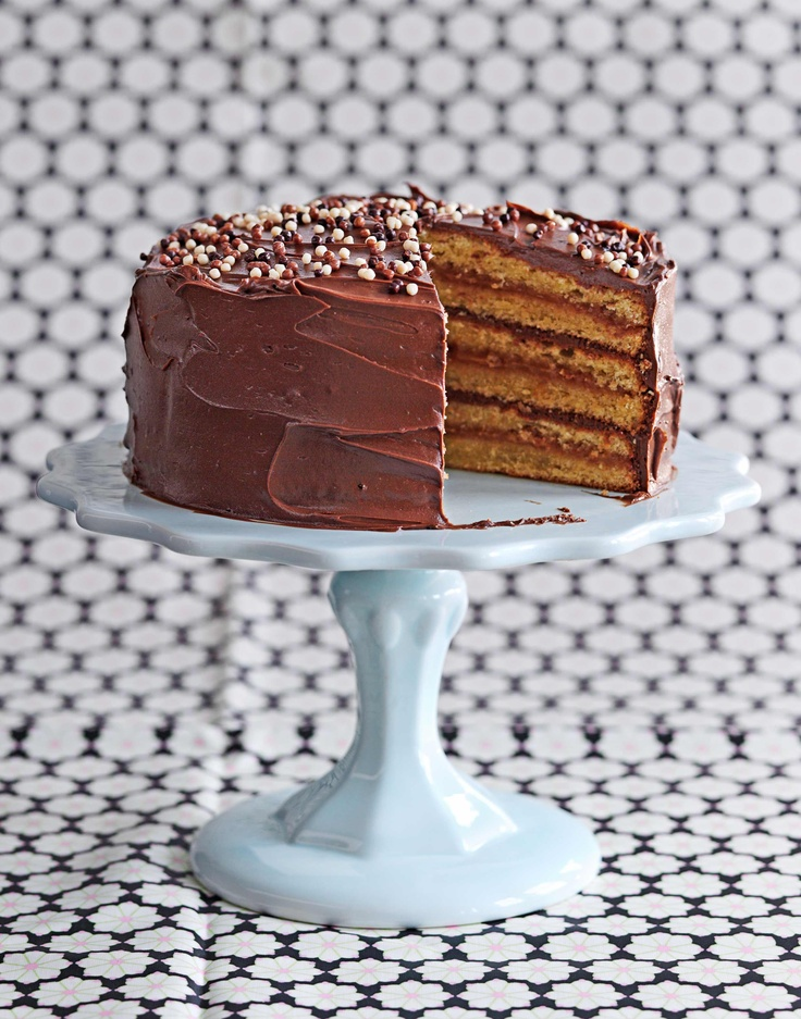 Layer Chocolate Cake Images