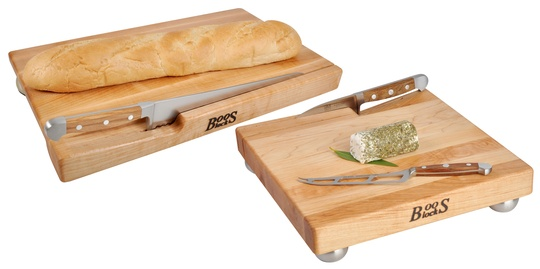Win: Bread & Cheese Board Set by John Boos Holiday Giveaway