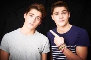 Jack And Finn Harries Girlfriend Hot youtubers | Hot bo...