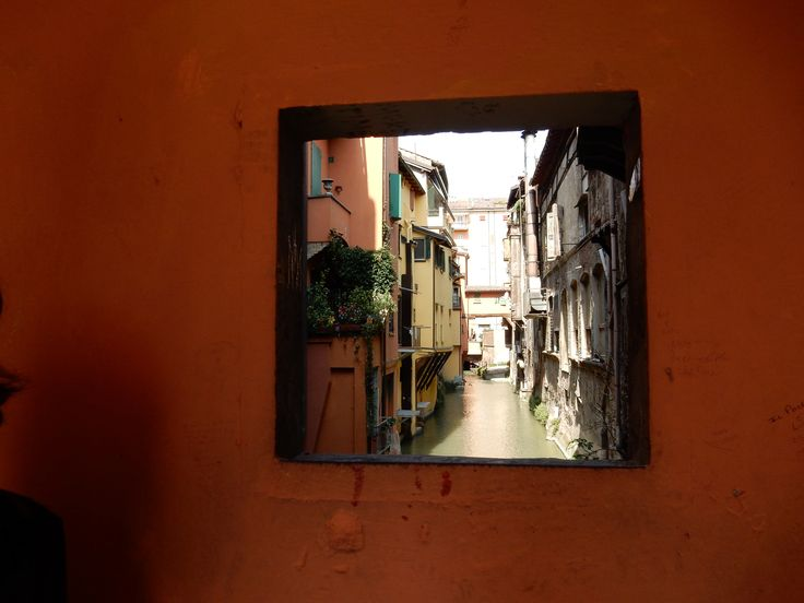 The little window in Via Piella, Bologna