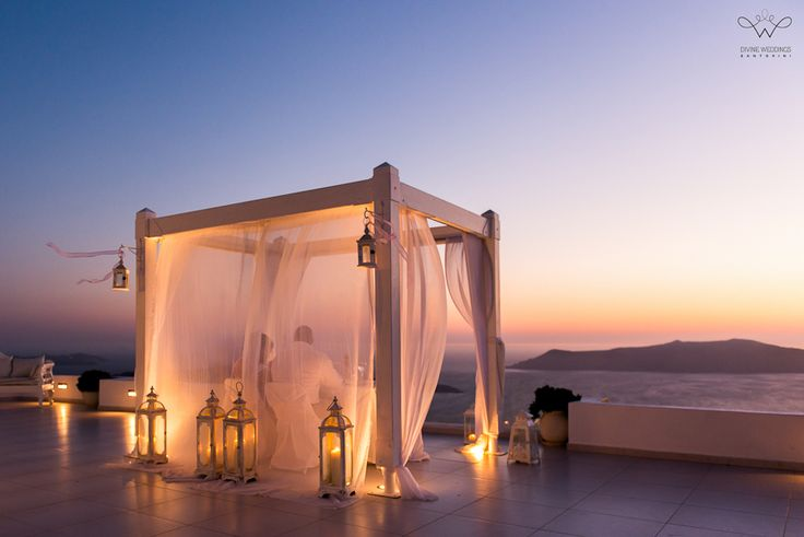 Santorini private wedding dinner