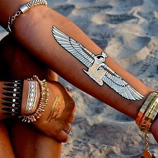 There's a new product called Flash Tattoos, temporary tattoos inspired by jewlery. | Flash Tats Are Going To Be Your New Favorite Accessory