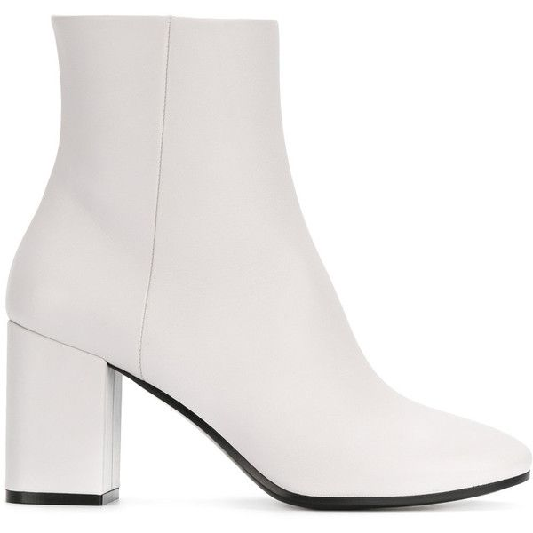 Balenciaga Ville booties (51.465 RUB) ❤ liked on Polyvore featuring shoes, boots, ankle booties, white, leather booties, white boots, round toe booties, block heel boots and leather ankle booties