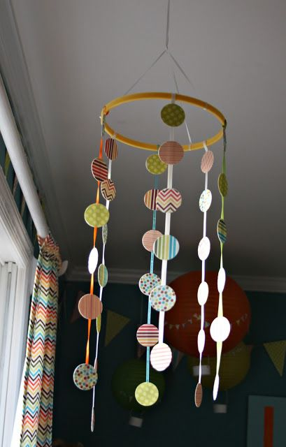 7 Unique #DIY #Baby Mobiles For Every Skill Level #crafts http://www.surfandsunshine.com/7-diy-baby-mobiles/