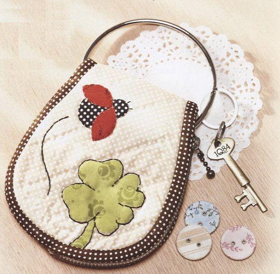 Description : PDF Pattern Ladybug key cover purse coverring holder purse bag keep handbag cotton sewing quilt applique patchwork art gift