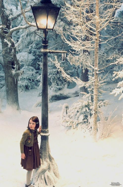 Lucy and the mysterious lone Lamp Post in 'The Chronicles of Narnia: The Lion, The Witch and the Wardrobe'.
