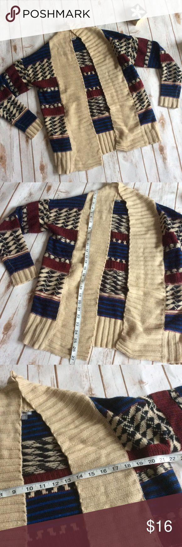 Charlotte Russe Aztec Print Cardigan size Medium Like new cream with Aztec print open cardigan, cute for pairing with any top and skinny jeans or leggings! ❌no trades, holds, or lowball offers. ✅Clean and smoke free home, quick shipping, bundle discount, always! 🎁Free gift with $15+ bundle. Charlotte Russe Sweaters Cardigans