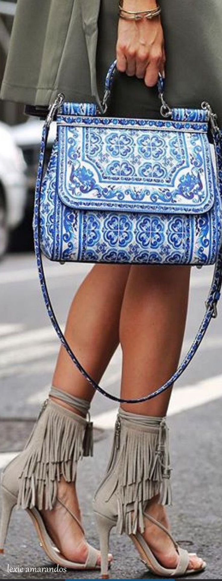 Find More at => http://feedproxy.google.com/~r/amazingoutfits/~3/a_FFQkbrnoo/AmazingOutfits.page