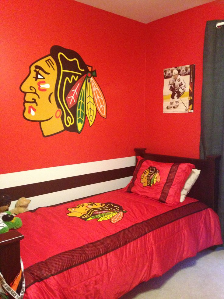 17 best images about room ideas on pinterest country for Blackhawks mural chicago