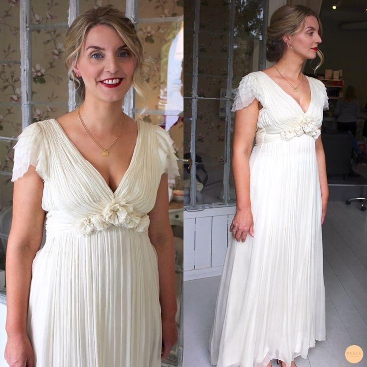 bridal hair updo wth weddingdress