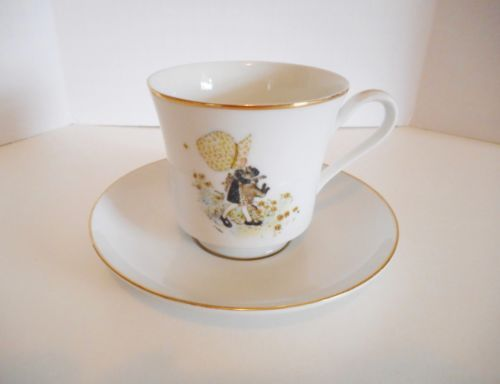 """Holly Hobbie Cat Tea Cup Saucer Set VTG 1970's Porcelain China """"Happiness Is"""" in Collectibles, Decorative Collectibles, Tea Pots, Sets   eBay"""