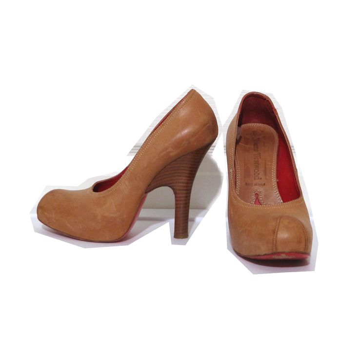 Vivienne Westwood Accessories Label Powerstation Heel Courts in Natural Leather