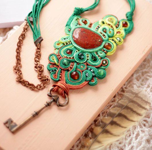 Бохо кулон `Ключ от тайного сада`, сутажная вышивка   с натуральными камнями