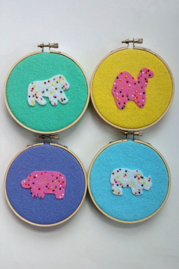 Set of 4 embroidered animal crackers Circus animal by KasiaJ
