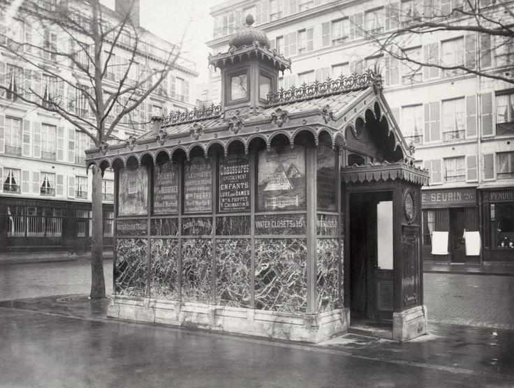 07-Charles_Marville,_Châlet_de_nécessité_du_marché_de_la_Place_de_la_Madeléine,_ca._1865