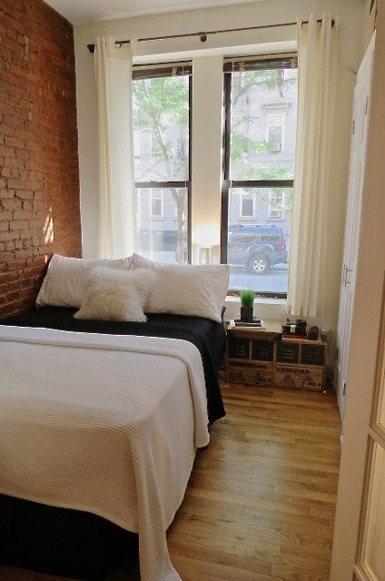 Studio | 225 sq ft | 20m2 | Tesha's Charming Character — Small Cool Contest | Apartment Therapy