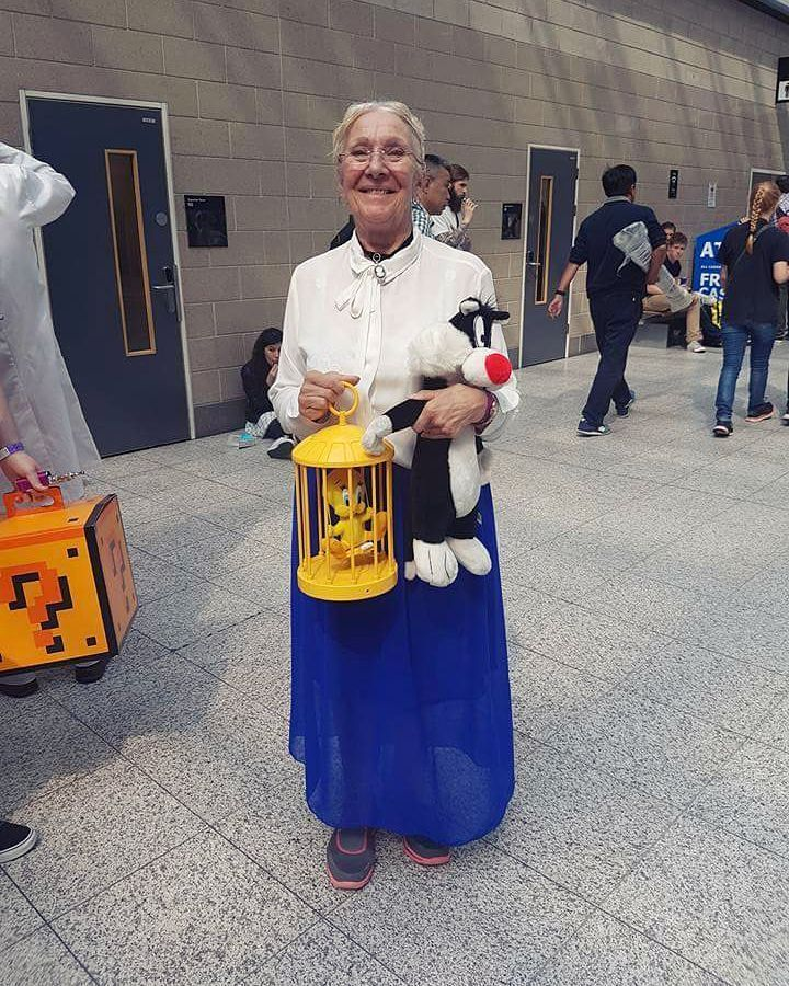 Cosplay isn't just for the young. #imgur<< best cosplay ever :D