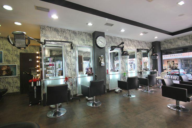 Os dejamos un enlace a las visitas virtuales de nuestras peluquerías en #Salamanca, han sido renovadas recientemente junto con la decoración de ambos salones, podéis pasearos por ellos, casi, como cuando venís a vernos :)  ¡Esperamos que os gusten!  Avenida Villamayor: http://bit.ly/1puO3xI Filiberto Villalobos: http://bit.ly/1hurDHZ