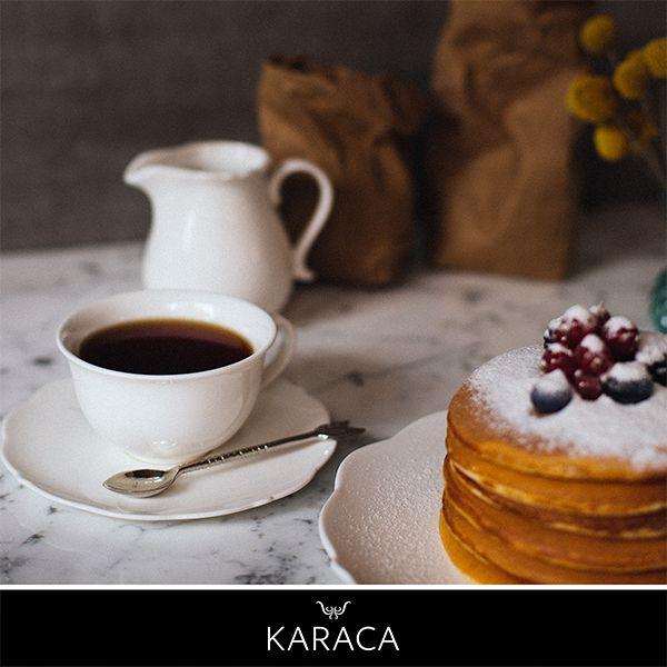 Misafirlerinizle geçirdiğiniz keyifli sohbetlere White Dream Kahve Takımı ile şıklık katın.