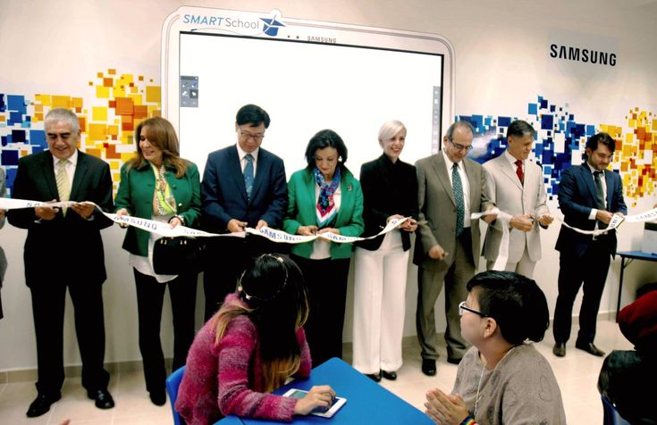 "En marcha nueva aula Smart School Solution, en Hospital Psiquiátrico Infantil ""Juan N. Navarro"" - http://plenilunia.com/novedades-medicas/en-marcha-nueva-aula-smart-school-solution-en-hospital-psiquiatrico-infantil-juan-n-navarro/41644/"