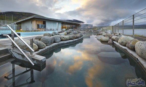 عيشي تجربة متناغمة مع الطبيعة في منتجع Tours In Iceland Iceland Vacation Northern Lights Tours