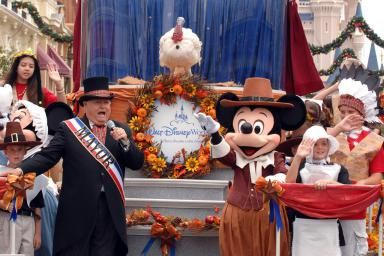 2007 National Thanksgiving Turkey at Walt Disney World - See more at: http://wdwnews.com/photos/2007/11/22/2007-national-thanksgiving-turkey-at-walt-disney-world/#sthash.8wDXLVB0.dpuf - © Gene Duncan, Photographer/The Walt Disney Company