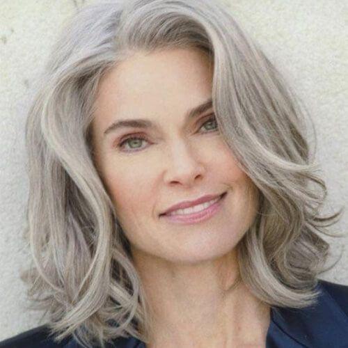 Schulterlange Frisuren für Frauen über 50 gurlrandomizer.tu