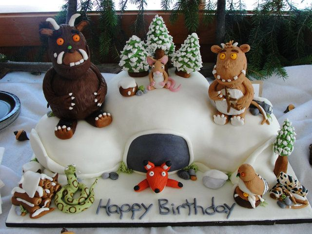 Cake at a Gruffalo Party #gruffalo #cake I would love this for Taylor!