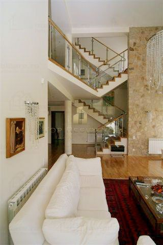 Staircase bonnanza