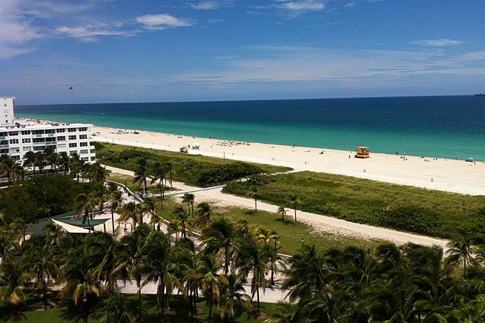 Florida: umgeben von Meer, Sonne und Alligatoren: Während einer Woche den «Sunshine State» Florida mit dem lebhaften Miami, den abenteuerlichen Everglades oder den schönen Sandstränden an der Golfküste entdecken – diese Möglichkeit hatten mehrere Agenten sowie drei Mitarbeiter/-innen von Hotelplan Suisse Anfang September 2012.