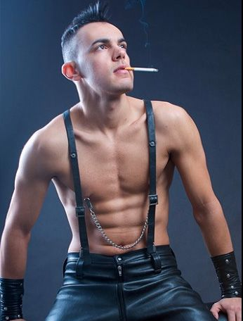 Smoking hot | Men Fashion Leather | Pinterest | Smoking ...