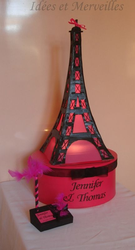 Mariage thème Paris - urne Tour Eiffel
