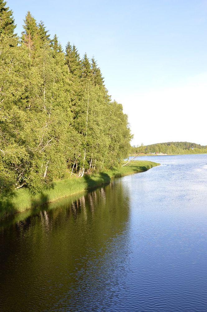Turkansaaren ulkomuseoalue sijaitsee kahdella vehmaalla Oulujoen saarella, Turkansaaressa ja Siikasaaressa.