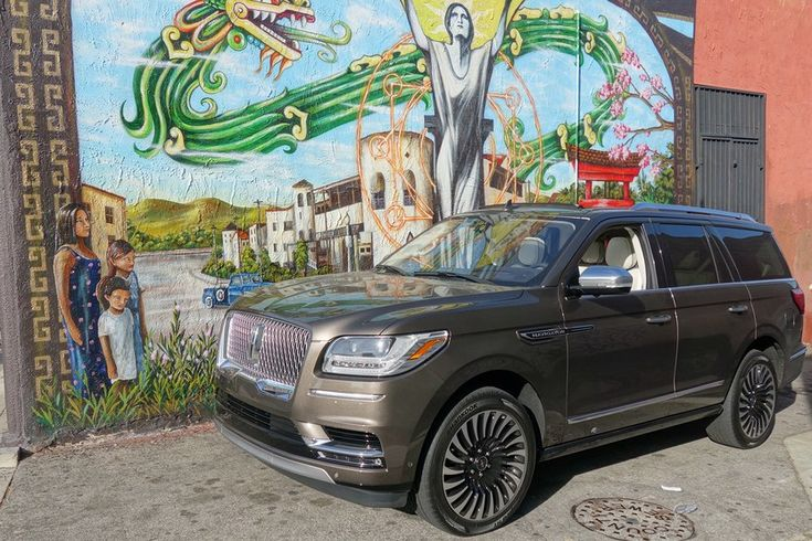 Today, Lincoln's top of the line full-size luxury SUV starts at $94,900 for a … – NEW & OLD CARS and STUFF