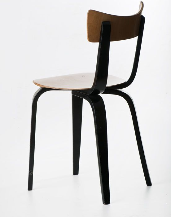 "Maria Chomentowska, ""Spider"", chair (Type 288), produced by the Furniture Wing of the Industrial Design Institute in Warsaw; Bent Furniture Factory in Radomsko, 1956, collections of the National Museum in Warsaw, photo: Michał Korta"