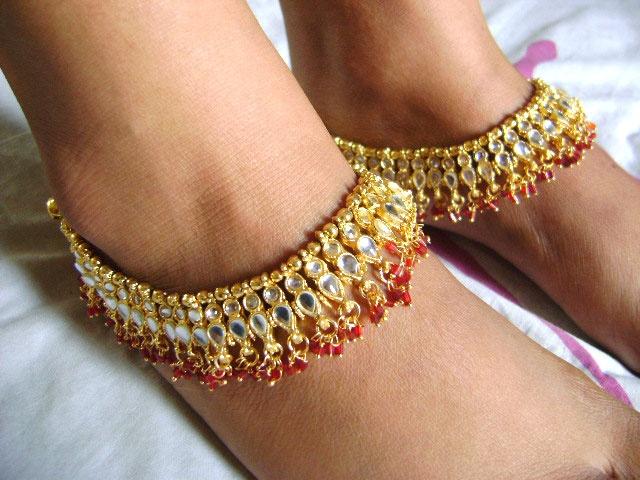 anklet (payal)