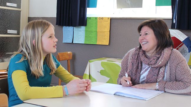 Naast oudercontact ook een kindcontact! Zo organiseert Juf Sabine dat.