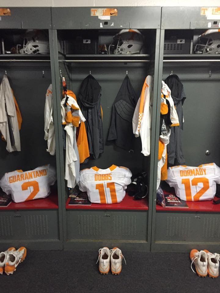 Lockers at GA game 2016