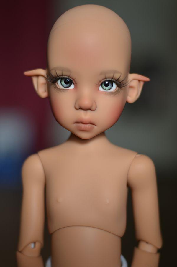 Продаю Kaye Wiggs Missy tan. Я первый владелец. Состояние новой куклы. Примерялись только парик и глаза, после чего кукла была / 70 000р
