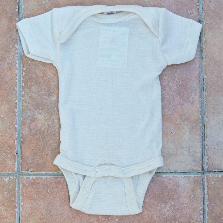 Engel Short Sleeved Body in Merino Wool & Silk - Natural / Engel body s krátkým rukávem v přírodní barvě z merino vlny a hedvábí