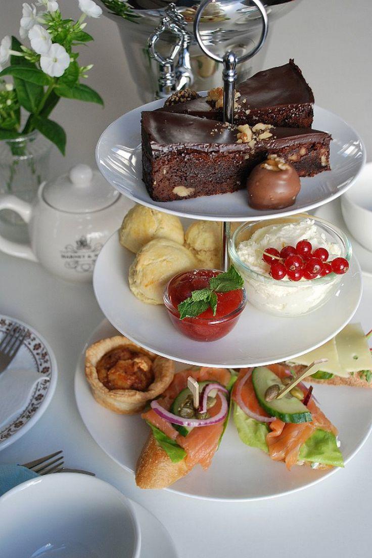 O, o Den Haag, waar moeten we wezen voor de lekkere trek? Lunch, tussendoor, koffie, vegan, daghap, ontbijt, picknick? U vraagt, wij draaien! 25 Haag...