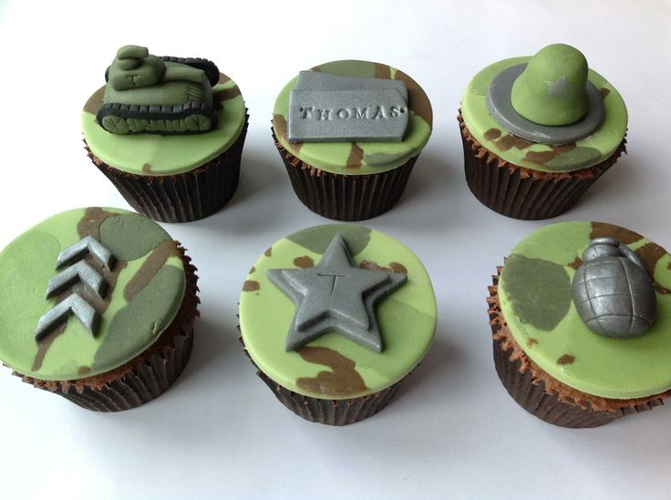 Army Themed Cupcakes by Fancy Fondant