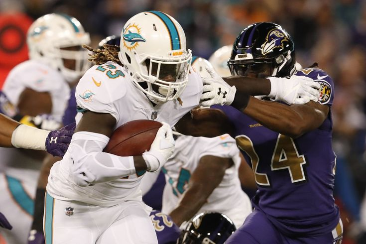 Jay Ajayi traded from Dolphins to Eagles, giving Philadelphia RB depth