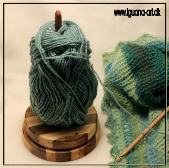 Yarnholder made in Uniper and Walnut