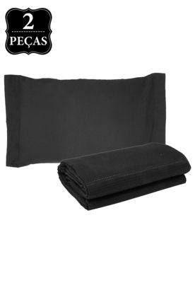 Kit Colcha Solteiro BecaDecor Piquet Preto, composto por 1 colcha 150x240cm e 1 porta-travesseiro com abas 50x70cm. Confeccionadas em tecido texturizado geométrico misto de algodão e poliéster, são ideais para dar um toque de conforto e estilo ao ambiente.