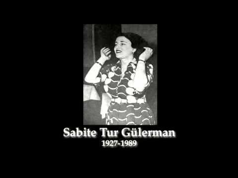 Neveser Kökdeş'e ait bu güzel Hüzzam parçayı Sabite Tur Gülerman söylüyor;Gül olsam ya sümbül olsam beni koklar mısın