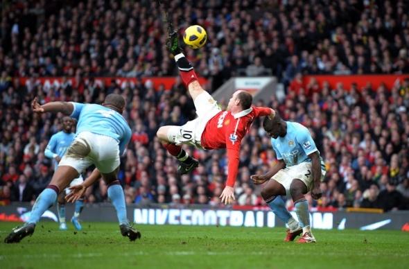 Wayne Rooney scoring the best goal in 20 seasons against Manchester City